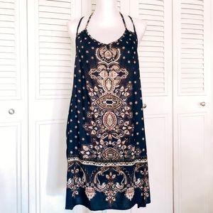 Dresses & Skirts - ✨NWT Boho Style Dress✨